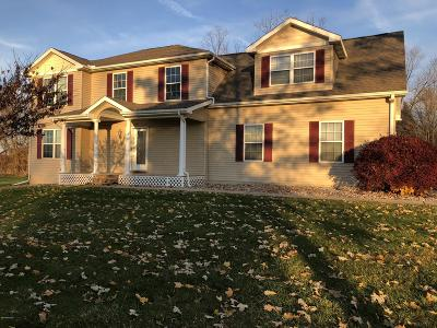 Eaton County Single Family Home For Sale: 5481 Oak Hills Drive