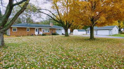 Dowagiac Single Family Home For Sale: 50427 M-51 N