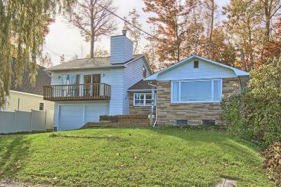 Benzie County, Charlevoix County, Clare County, Emmet County, Grand Traverse County, Kalkaska County, Lake County, Leelanau County, Manistee County, Mason County, Missaukee County, Osceola County, Roscommon County, Wexford County Single Family Home For Sale: 6361 Crystal Avenue Avenue