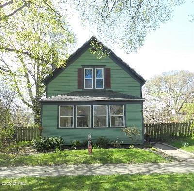St. Joseph Single Family Home For Sale: 1008 Michigan Avenue