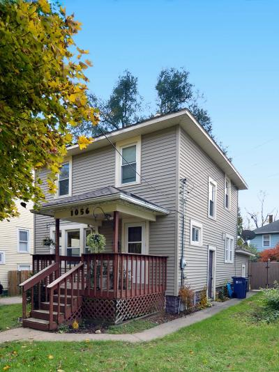 Single Family Home For Sale: 1056 Myrtle Street NW