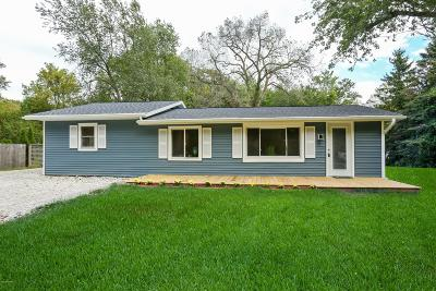 New Buffalo Single Family Home For Sale: 18743 Rose City Road