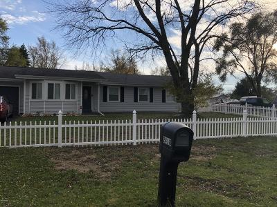 Benton Harbor Single Family Home Active Backup: 2418 Crawford Drive