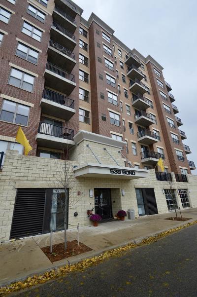 Condo/Townhouse For Sale: 538 Bond Avenue NW #305