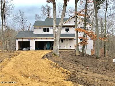 Single Family Home For Sale: Lot 9 Crowning Acres Ct
