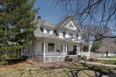 Marshall Single Family Home For Sale: 605 E Mansion Street