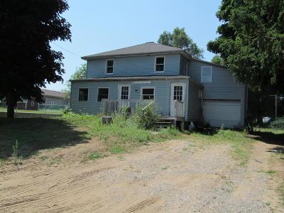 Hart Multi Family Home For Sale: 1103 Dryden Street