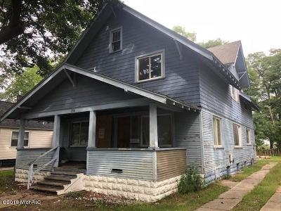 Multi Family Home For Sale: 2516 8th Street