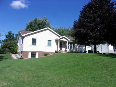 Eaton County Single Family Home For Sale: 7580 Gresham Highway