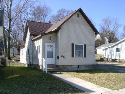 Manistee Single Family Home For Sale: 281 5th Street