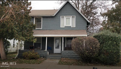Grand Rapids Multi Family Home For Sale: 1421 Broadway Avenue NW