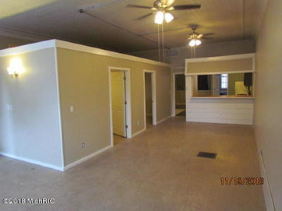 Multi Family Home For Sale: 1364 N North NE