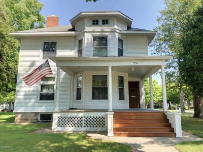 Big Rapids Single Family Home For Sale: 331 S Warren Avenue