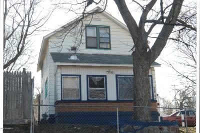 Single Family Home For Sale: 2042 St Charles Avenue SW