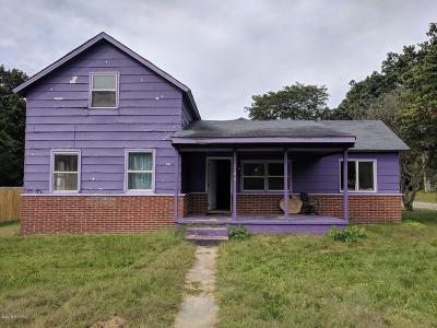 Lawton Single Family Home For Sale: 523 E Third Street