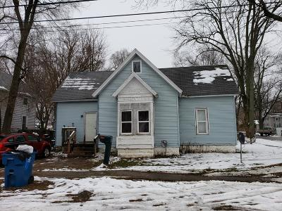 Hartford Single Family Home For Sale: 115 Mary Street