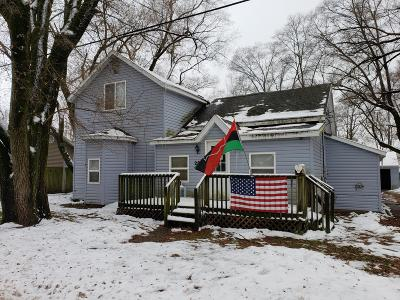 Hartford Single Family Home For Sale: 206 Pleasant Street