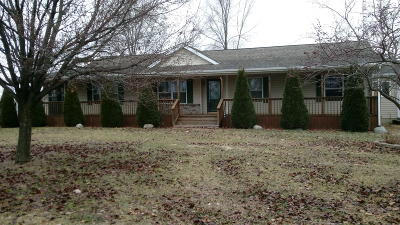 Hillsdale Single Family Home For Sale: 7534 Robins Road