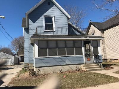 Grand Rapids Multi Family Home For Sale: 671 Fremont Avenue NW