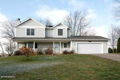 Battle Creek Single Family Home For Sale: 101 Shadow Bend Lane