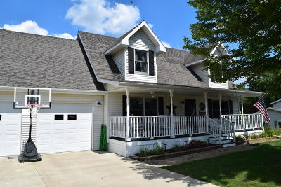 Quincy Single Family Home For Sale: 839 Rolling Meadows Drive