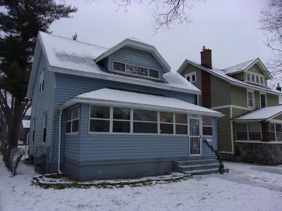 Grand Rapids Single Family Home For Sale: 1232 Dunham Street SE