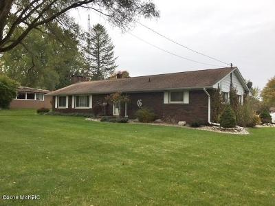 Lakeview MI Single Family Home For Sale: $169,900