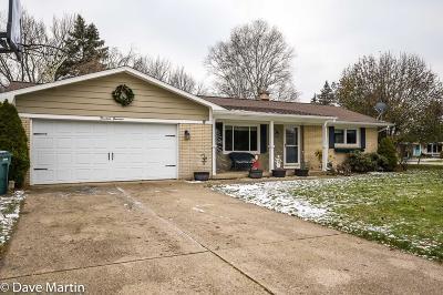Ottawa County Single Family Home For Sale: 1414 Ridgewood Drive