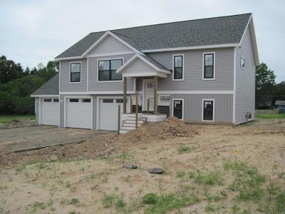 Montague Single Family Home For Sale: 9339 Pauline Street