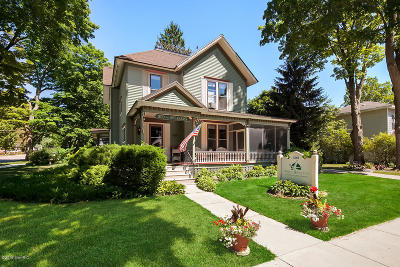 Whitehall Single Family Home For Sale: 303 S Mears Avenue