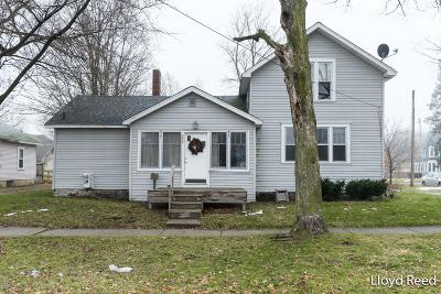 Belding Single Family Home For Sale: 222 S Front Street