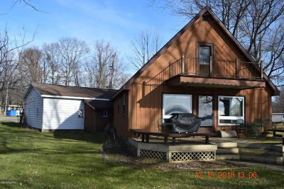 Branch County Single Family Home For Sale: 698 Waterview Drive