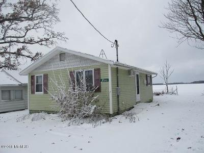 Decatur MI Single Family Home For Sale: $47,000