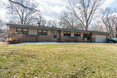 Battle Creek Single Family Home For Sale: 130 Iden Lane