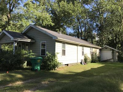 Niles Single Family Home For Sale: 16 Marmont Street Street