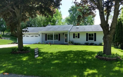 Comstock Park MI Single Family Home For Sale: $229,000