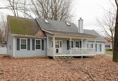 Kalamazoo Single Family Home For Sale: 7167 Saint Charles Place