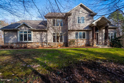 Berrien County, Branch County, Calhoun County, Cass County, Hillsdale County, Jackson County, Kalamazoo County, St. Joseph County, Van Buren County Single Family Home For Sale: 12369 Verona Road