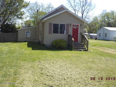Kalamazoo Single Family Home For Sale: 1523 Shakespeare St