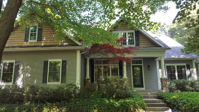 Fennville Single Family Home For Sale: 2315 Forest Trail Circle
