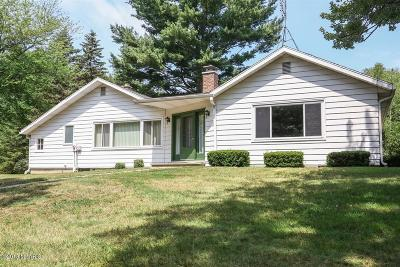 Harbert, Lakeside, New Buffalo, Sawyer, Three Oaks, Union Pier Single Family Home For Sale: 15206 Lakeside Road