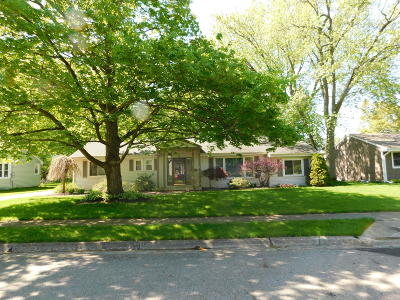 Branch County Single Family Home For Sale: 59 N Circle Drive