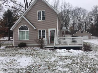 Lakeview Single Family Home For Sale: 11432 &41 Maple Dr