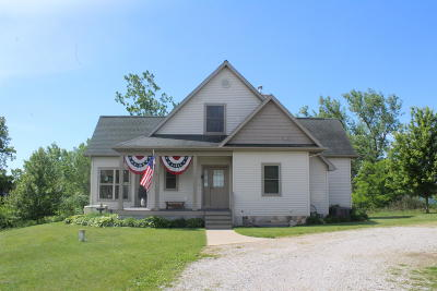 Branch County, Hillsdale County Single Family Home For Sale: 511 E Southern Rd Road