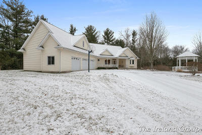 Rockford Single Family Home For Sale: 5900 Belding Road NE