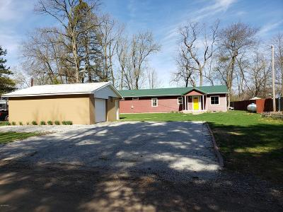 Constantine Single Family Home For Sale: 13498 Riverside Drive