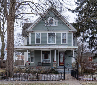 Reading Single Family Home For Sale: 223 E Michigan Street