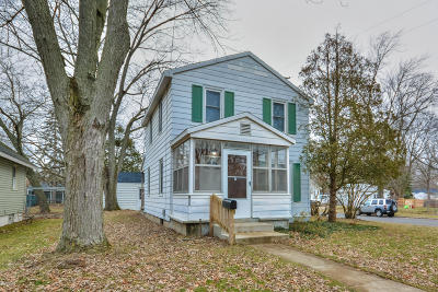 Grand Rapids Single Family Home For Sale: 4703 Walton Avenue