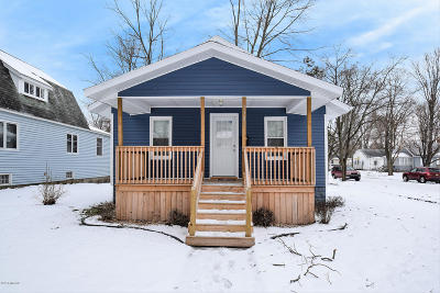 Niles Single Family Home For Sale: 1121 Howard Street