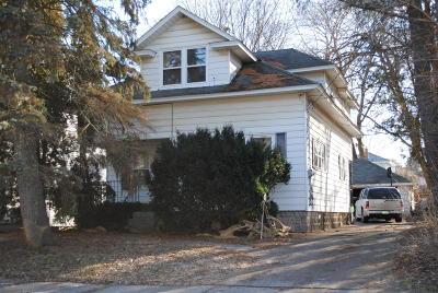 Grand Rapids Single Family Home For Sale: 1014 Innes Street NE